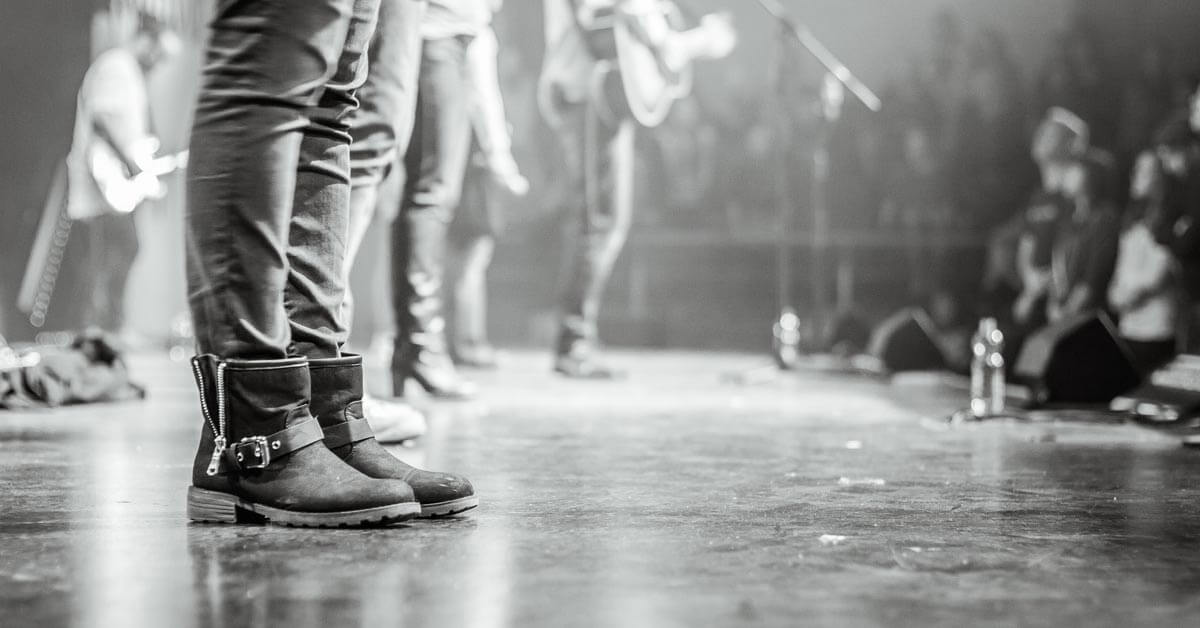 4 Guidelines for Worship Team Dress Code